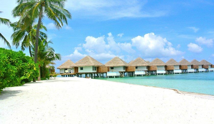 maldives-260686_1920